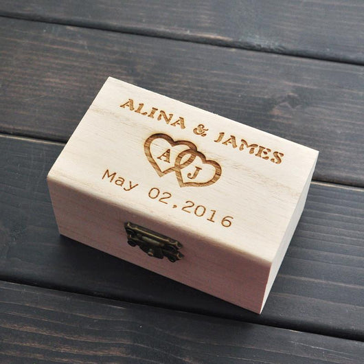 CUSTOM WEDDING RING BOX - The Suggestion Store