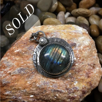 *SOLD* Halo