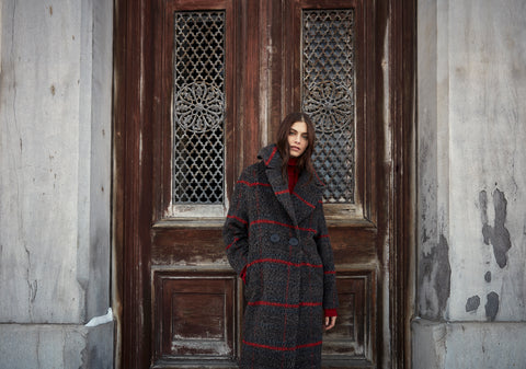 https://irissetlakwe.ca/collections/coat/products/f20lw8035?variant=32055911448678