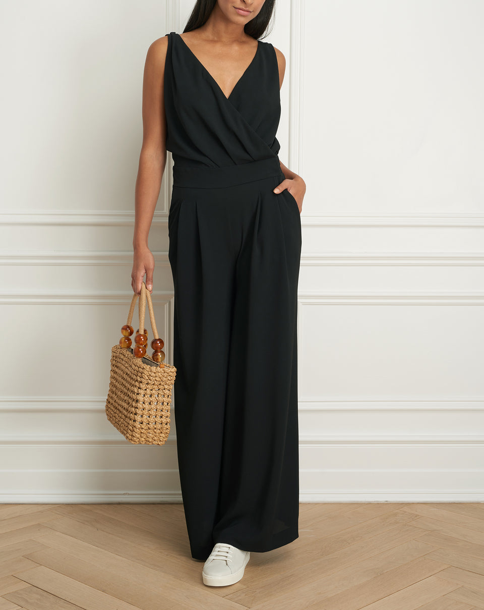 Sleeveless jumpsuit with flowy leg