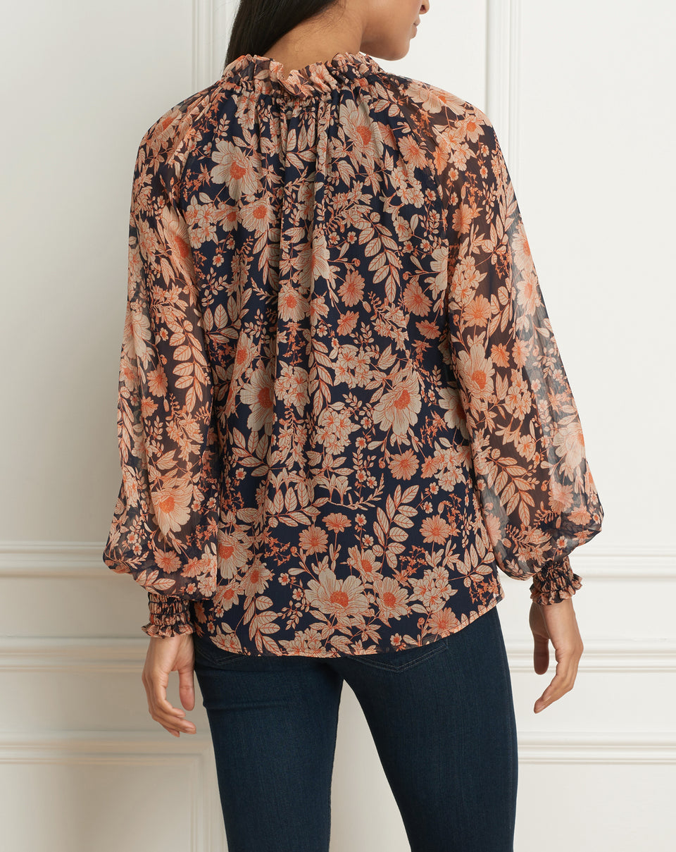 Puffy sleeves blouse