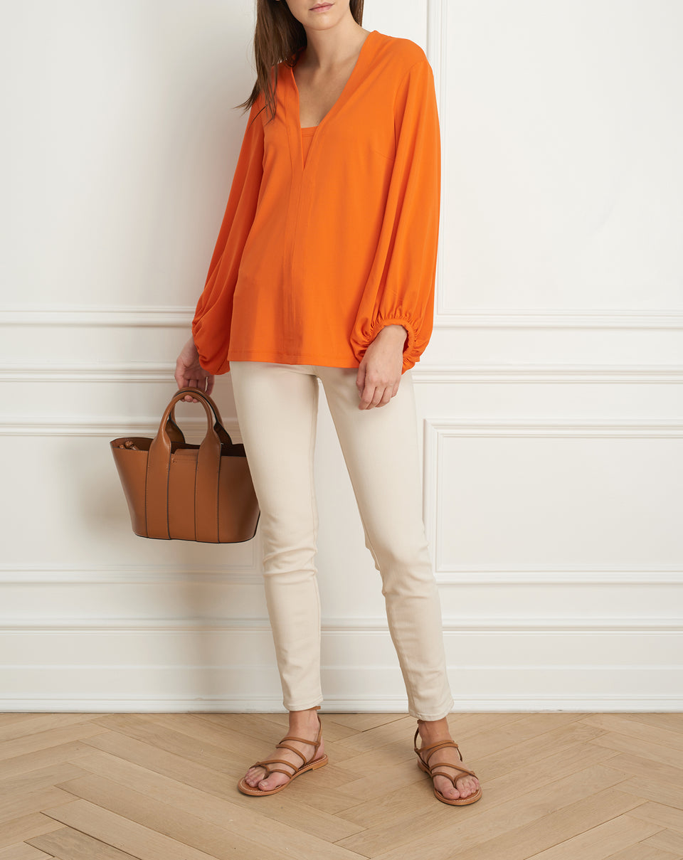 V-neck top with billoy sleeve