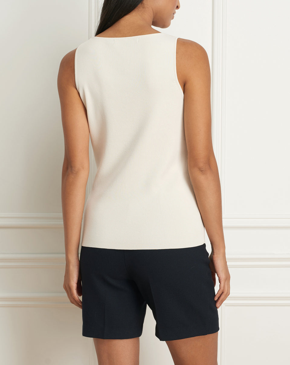 Viscose rib knit sleeveless v-neck