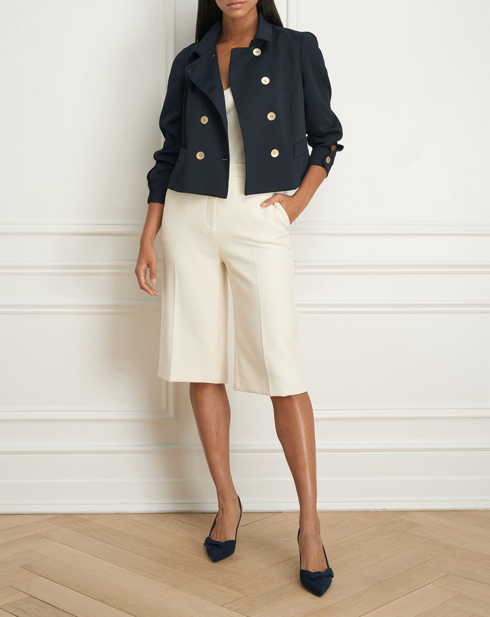 Buttoned crop jacket