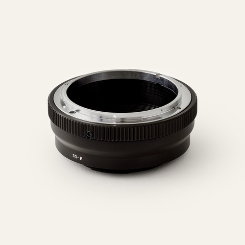 URTH Lens Adapter - Canon FD to Sony E