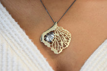 Load image into Gallery viewer, Hydrangea Pendant