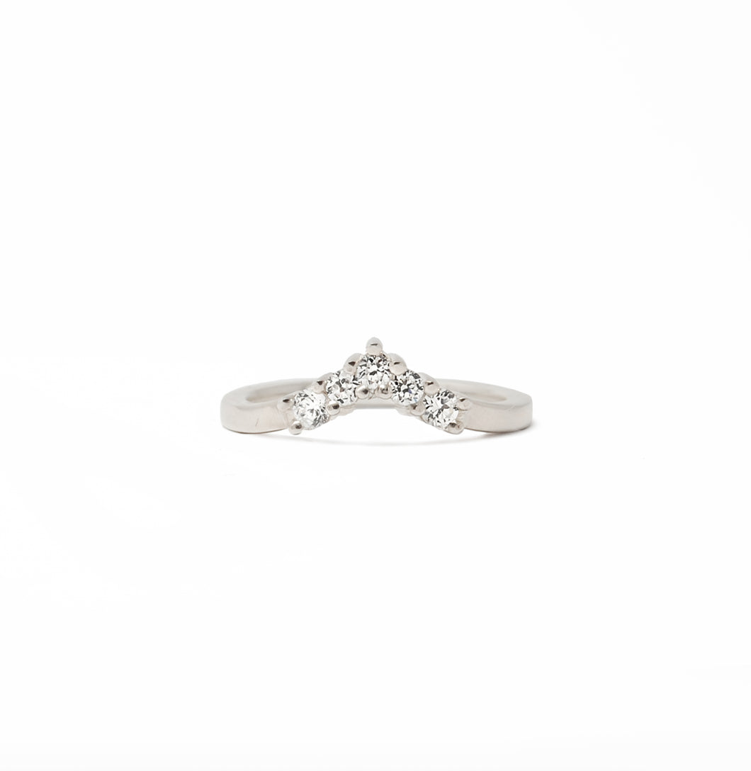 Lovers Leap Diamond Band