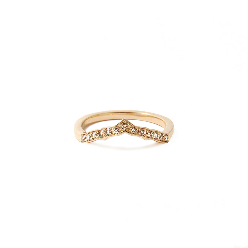 Yellow gold ring featuring champagne diamonds
