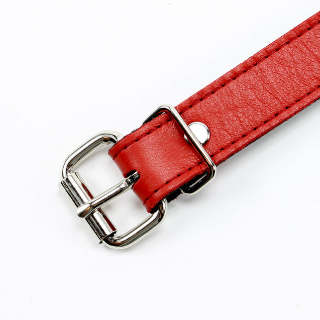 Berlin Red Leather Ball Gag Buckle Detail