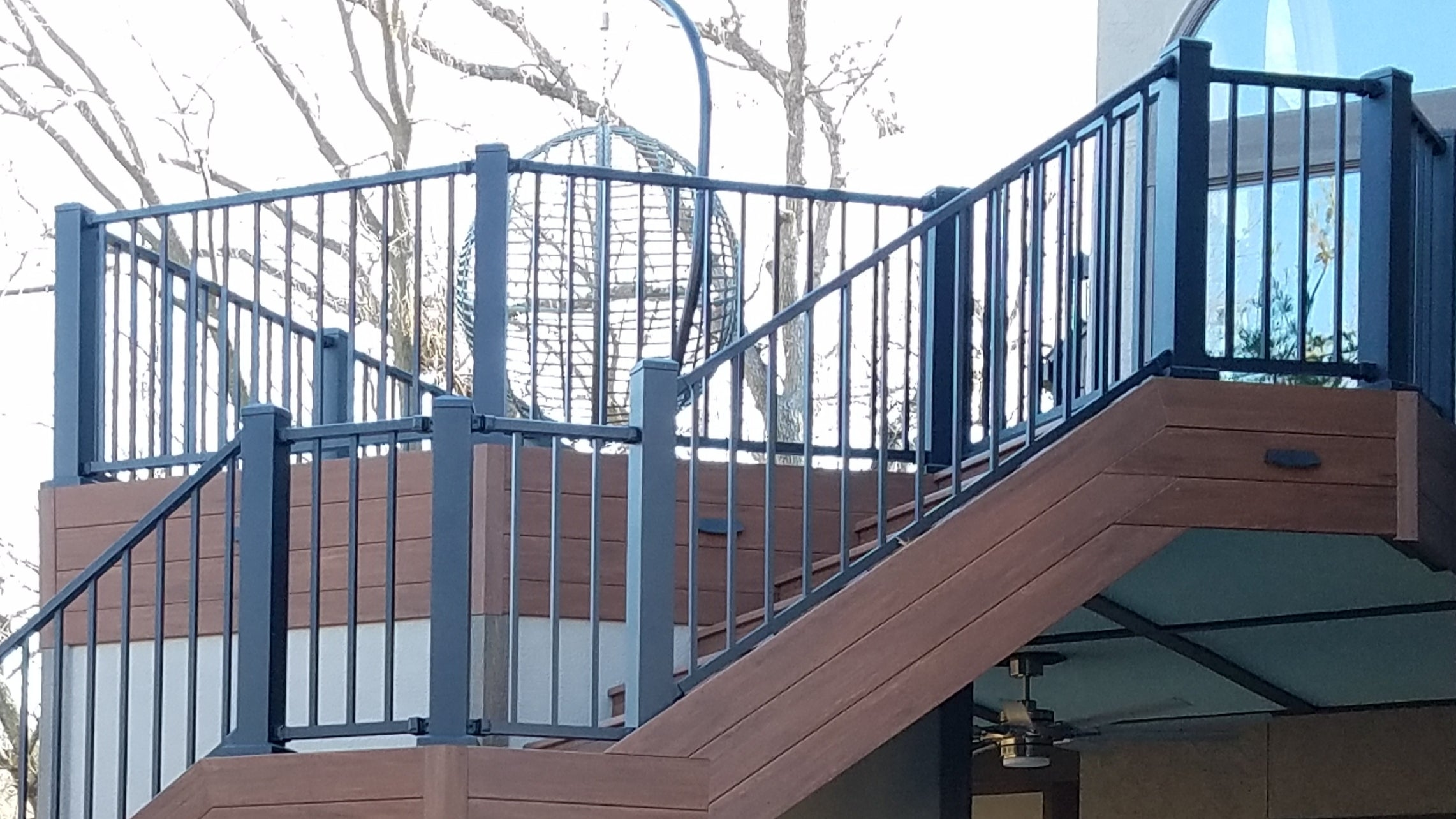 Westbury C10 Tuscany with 6 in. x 6 in. posts up a stair and landing all-aluminum textured metal deck railing Westbury Tuscany