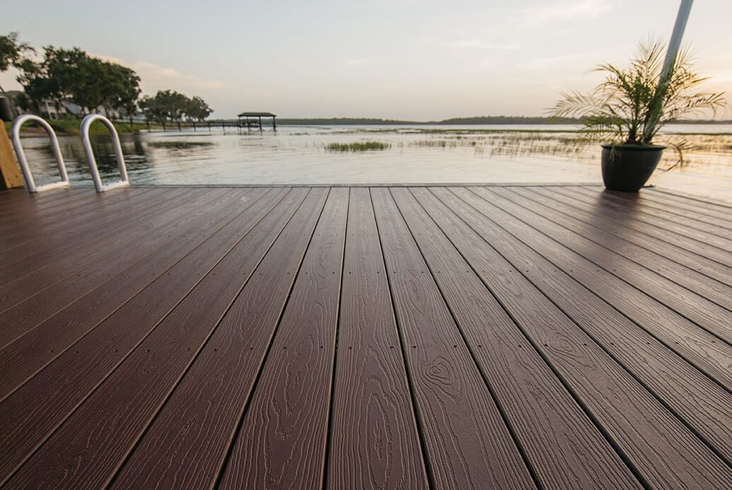 Expression Decking Solid color With high preformance for an economical and beautiful lasting product.