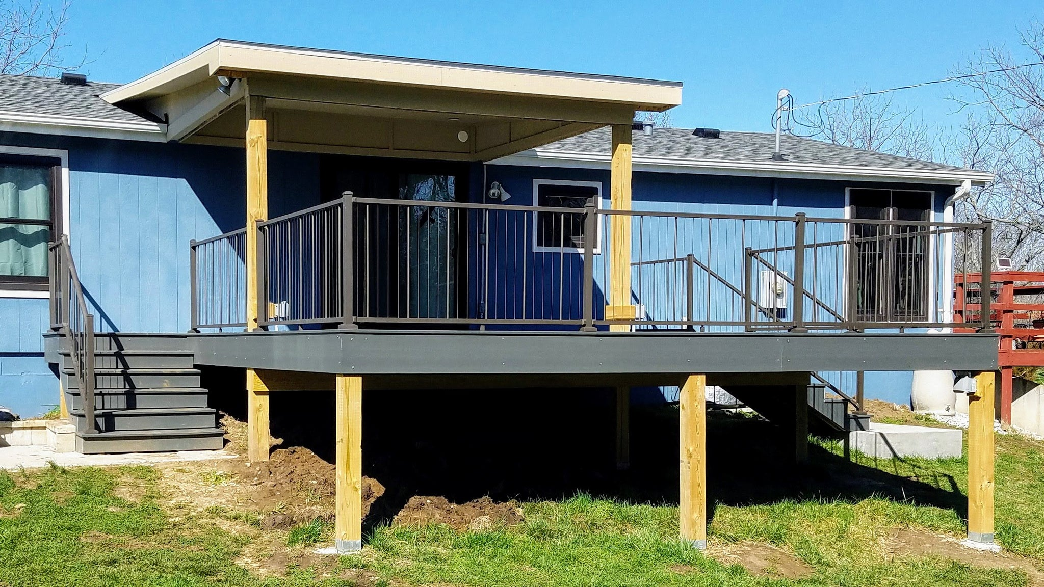 VertiCable Bronze Fine Texture C80 in Bronze on covered back deck in the country, bronze fine texture in C80 is perfect for a beautiful view