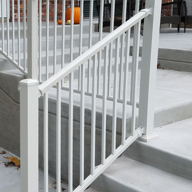 DekPro Prestige Dream White Railing Kits Level Rail Kit - Post not included