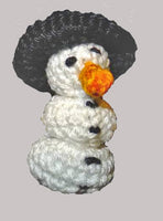snowman crochet Mini Amigurumi - BerliDesign - product picture - crochet pattern amigurumi