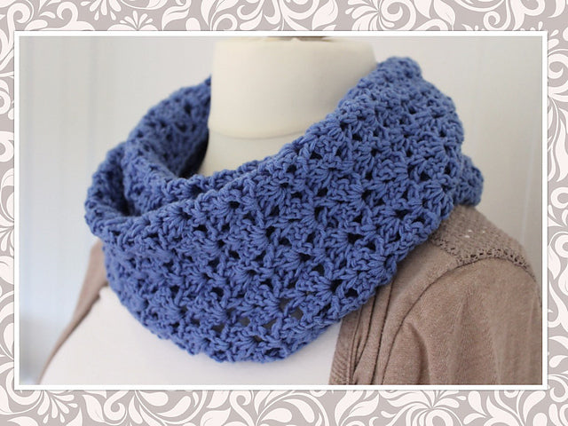 Product picture infinity scarf in a jeans-look by Maschen mit Liebe at http://thepatternfactory.net