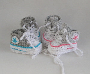 baby crochet Pattern baptism shoes / runners - lucygurumi - Product picture