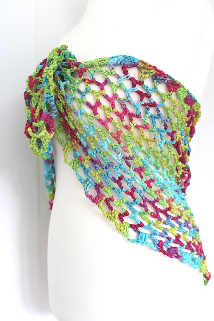 "Product picture triangular shawl ""coralreef"" by Maschen mit Liebe at http://thepatternfactory.net"
