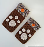 Product Smartphone Cosy with Paw Print Applique Crochet Pattern by AramisvonK at http://thepatternfactory.net