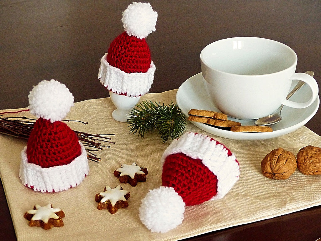 "Product pictures Egg Cozy ""Christmas Hat"" Crochet Pattern by AramisvonK at http://thepatternfactory.net"