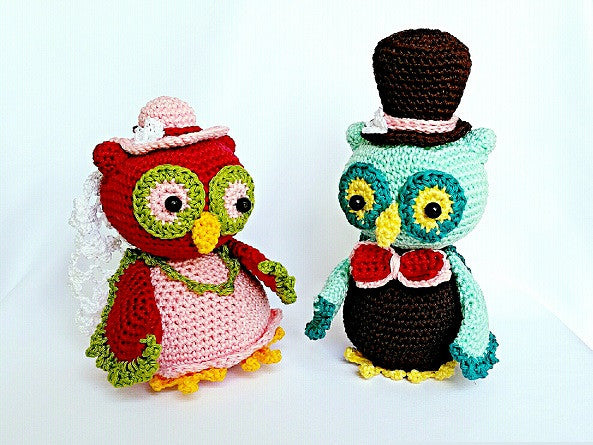 "Owl-Couple ""Bride and Groom"" Owl Crochet Pattern product picture"