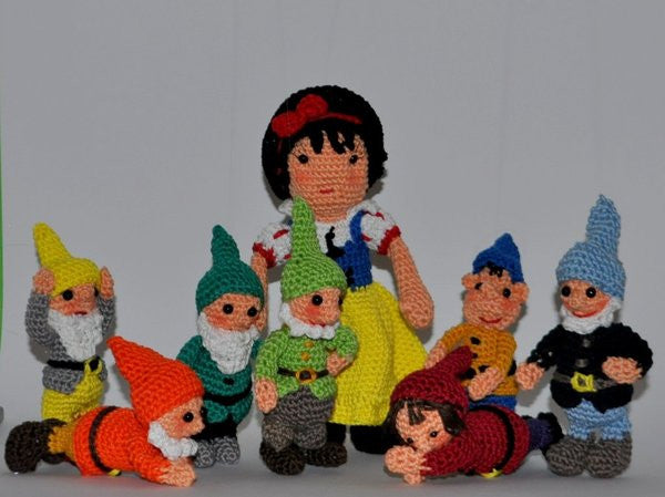 Snow white and the seven dwarfs - Crochet Pattern amigurumi crochet - lucygurumi - product picture