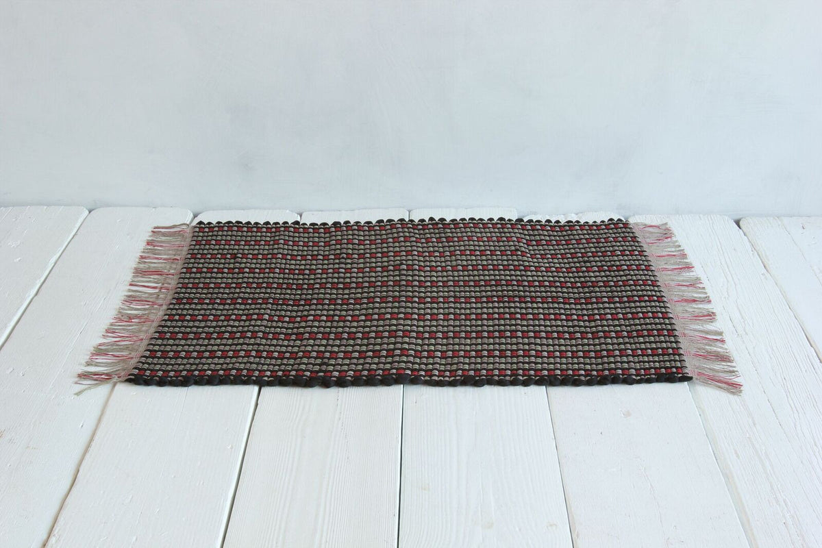 One Pendel Hand Loomed Rug.