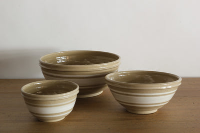 Farmhouse Pottery Nesting Bowls