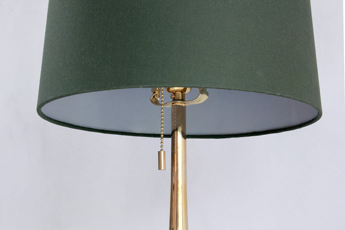 NICKEY KEHOE TURNED BRASS TABLE LAMP