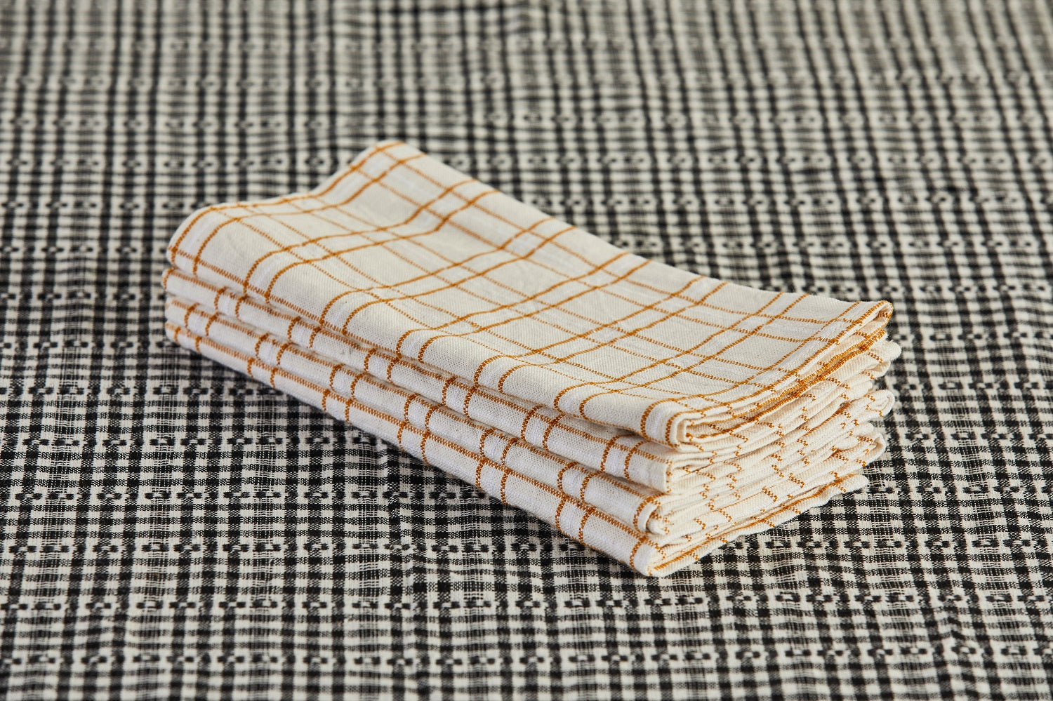 Heather Taylor Home Napkin, Open Plaid