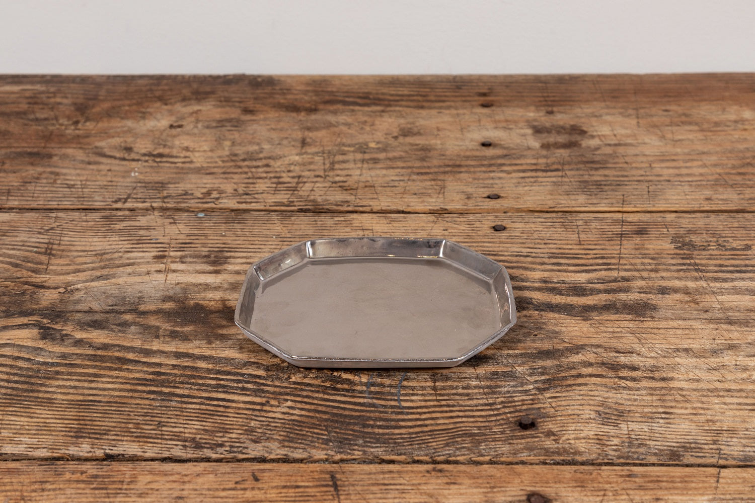 Astier De Villatte | Plate With Platinum Interior