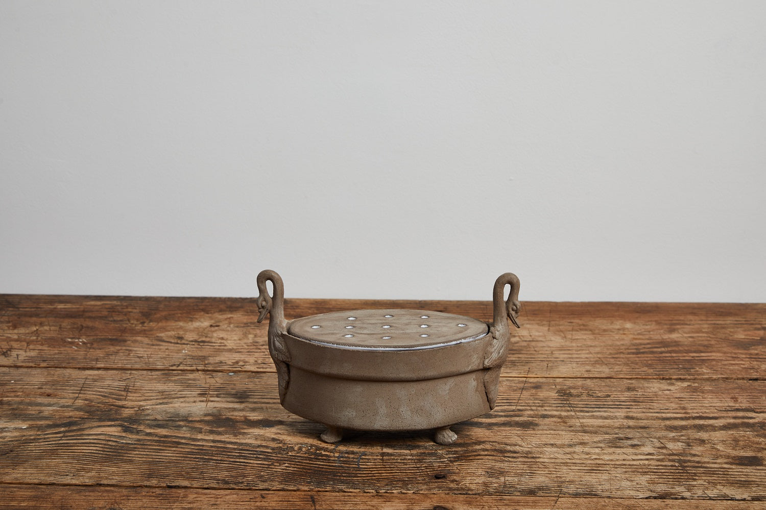 Astier De Villatte | Cygne Raw Clay Incense Burner