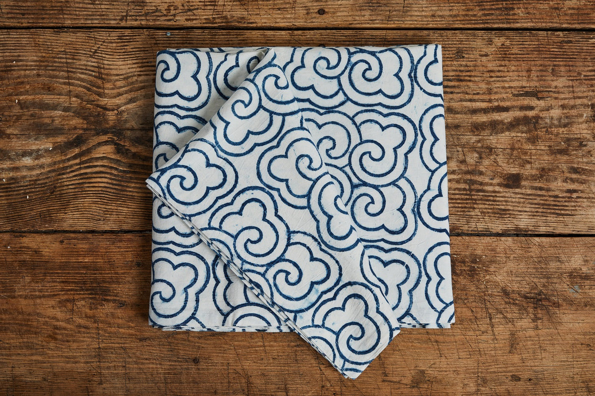 Les Indiennes Nuages Summer Bed Cover, Indigo