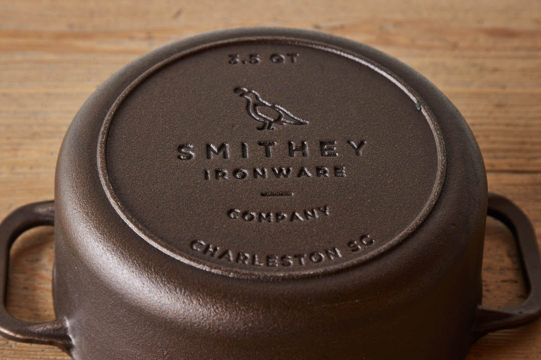 Smithey Cast Iron Dutch Oven (Multiple Sizes)