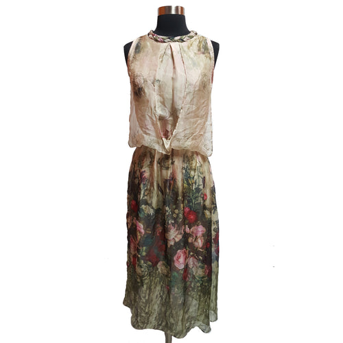 Queen Mulock from Style We Silk Floral Maxi Dress