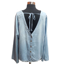 Cloth & Stone Chambray Top