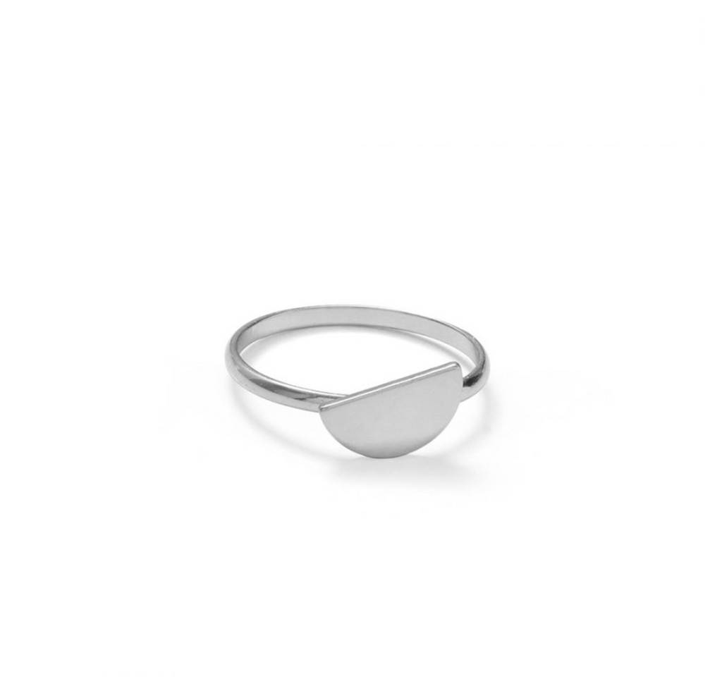 Offset Hringur  / Offset Semi Circle Ring