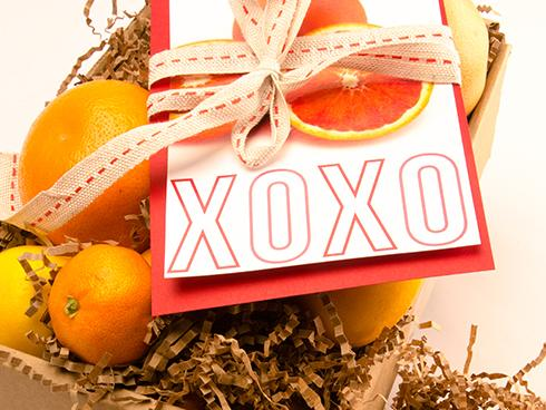 Valentine's Fruit Gift - organic fruit delivery - FruitShare - with gift note