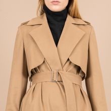 Greta trench coat in Camel