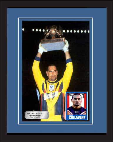 "SC - Jose Chilavert - Velez Sarfield photography in a 20"" x 28"" frame (50cm x 70cm)."