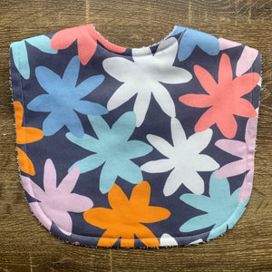Tilda & Moo X Mosey Me Full Bloom Ink Classic Bib