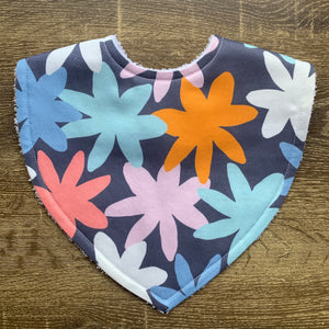 Tilda & Moo X Mosey Me Full Bloom Ink Triangle Bib