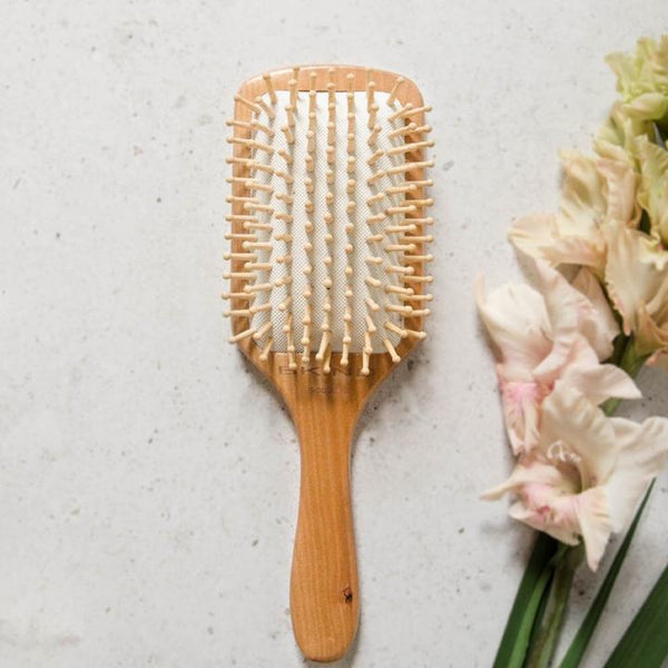 BKIND | Brosse à cheveux en bambou \ Bamboo hair brush