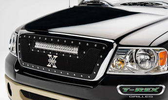T-REX Torch Series, 1 Piece Insert Grilles - Powdercoat - Requires Drilling or Cutting - 2004-2008 F150