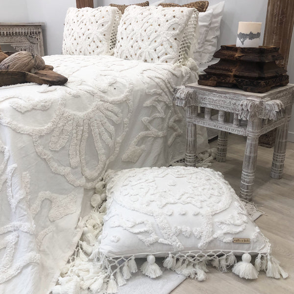 Willow & Beech Collection - Aiyana 'Eternal Blossom' Throw  LIMITED EDITION