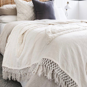 Willow & Beech Collection - Madlenka Tassel Throw White LIMITED EDITION KING SIZE PREORDER