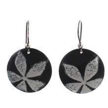 Load image into Gallery viewer, floral earrings