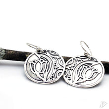 Load image into Gallery viewer, fine silver tulip earrings