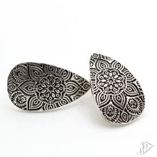 Load image into Gallery viewer, fine silver mandala earrings