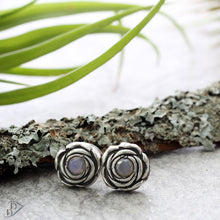 Load image into Gallery viewer, sterling silver rosette earrings with opal non gems