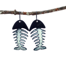 Load image into Gallery viewer, fish skeleton earrings